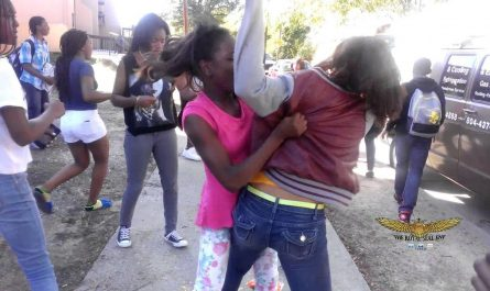 Ghetto Girls Fighting Brawl